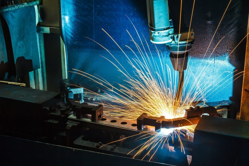 Salesforce CRM for Manufacturers? 4 Ways Salesforce Can Help Your Manufacturing Business